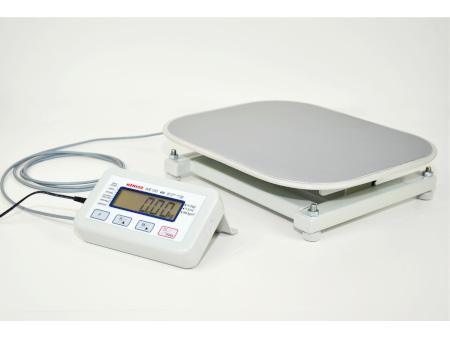 WE200P1 - tania waga medyczna płaska z wyświetlaczem na 2m przewodzie (legalizacja w cenie)