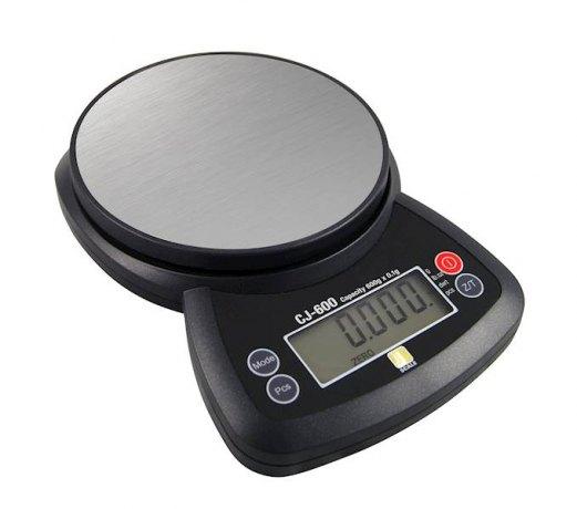 Elektroniczna waga szkolna do 600g z dokładnością 0,1g